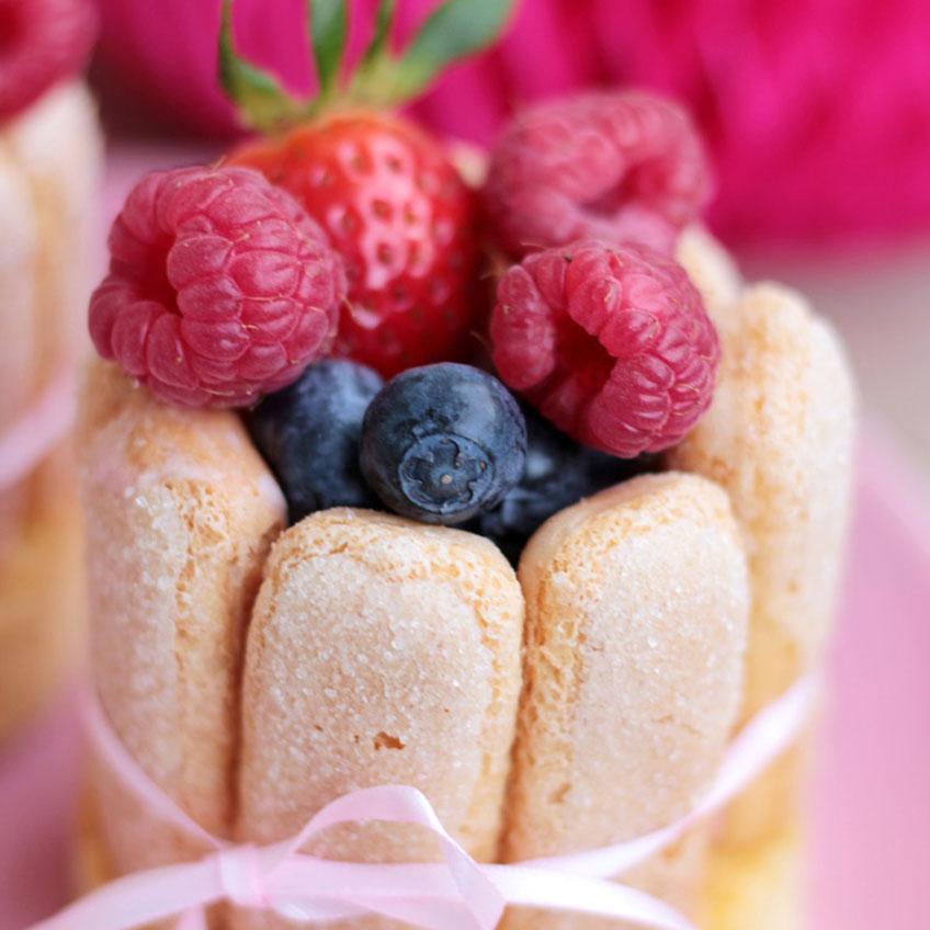 Back deiner Mutter was Süßes zum Muttertag - Klick für das Rezept (c) Mareike Winter - Biskuitwerkstatt