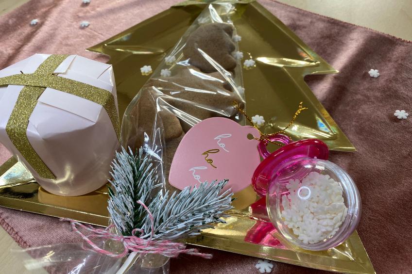 Selbstgebackene Weihnachtsgeschenke schön verpackt - toll mit Kindern
