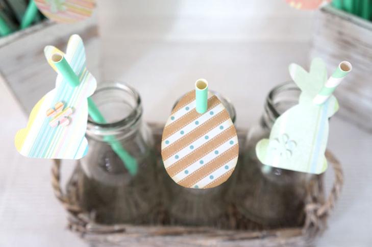 Ihr seid frei in der Dekogestaltung! Kleine Dekoflaschen oder ein Osterbusch? Die DIY-Schablonen sind vielseitig einsetzbar :)