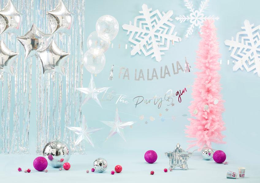 Dekorier dieses Weihnachten mit hippen Farben