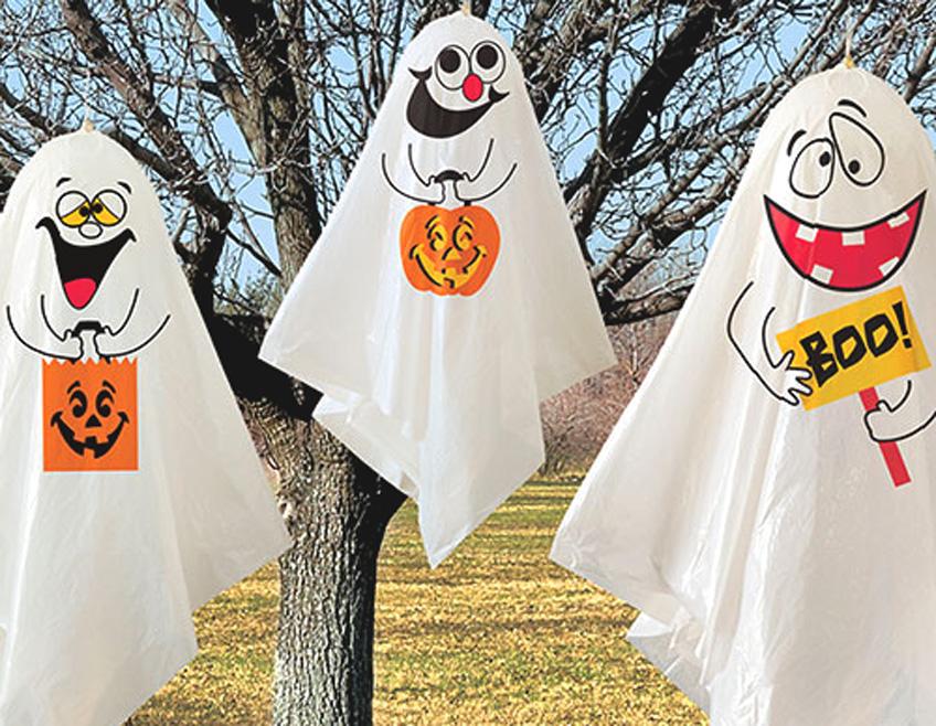 In den USA findet sich Halloween-Dekoration Drinnen und Draußen