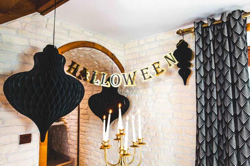 So stilvoll war Halloween noch nie - setze mit toller Deko neue Maßstäbe (c) Camille Koziol