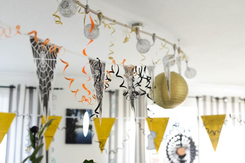 Fröhliche Halloween-Deko in hellen Farben gefällt auch den Kleinsten