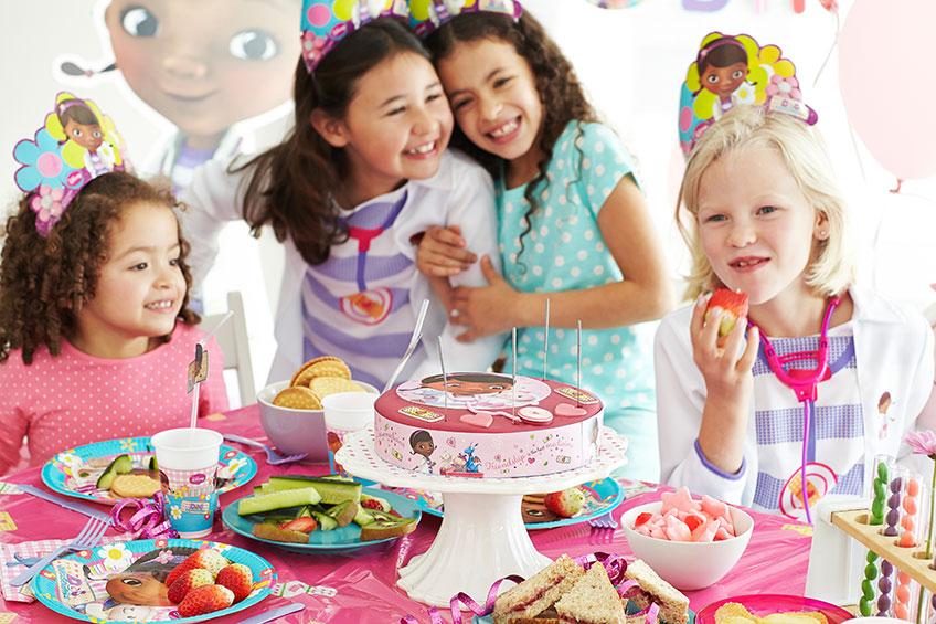 Deko, Kuchen und Programm - zieh das Motto deines Kindergeburtstages durch