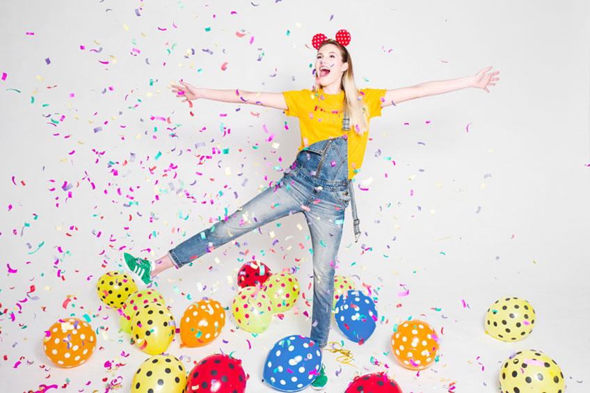 Luftballons zum Tanzen und Dekorieren auf der Kinderparty © KB _1230242