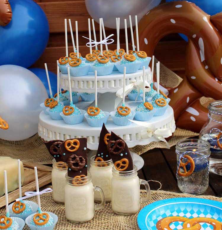 Sweet Table zum Oktoberfest (c) Mareike Winter - Biskuitwerkstatt