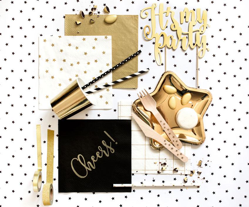 Feier elegant Silvester in Weiß & Gold