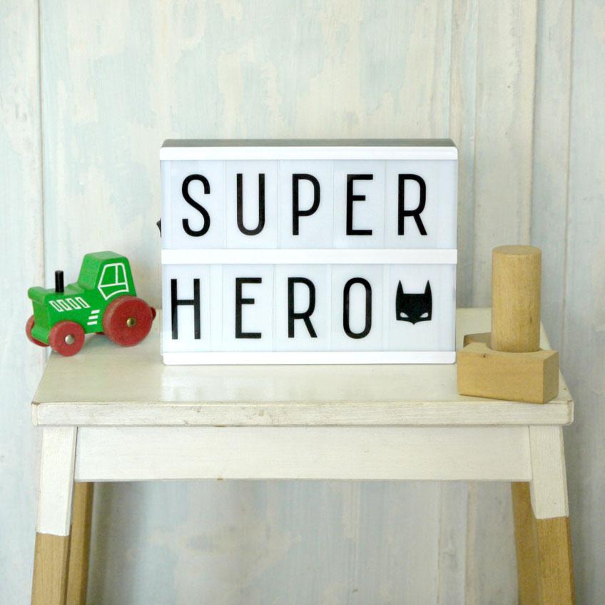 From Zero to Hero! Mit einem Kindergeburtstag im bunten Comic-Helden Stil werden die kleinen Gäste zur Justice League