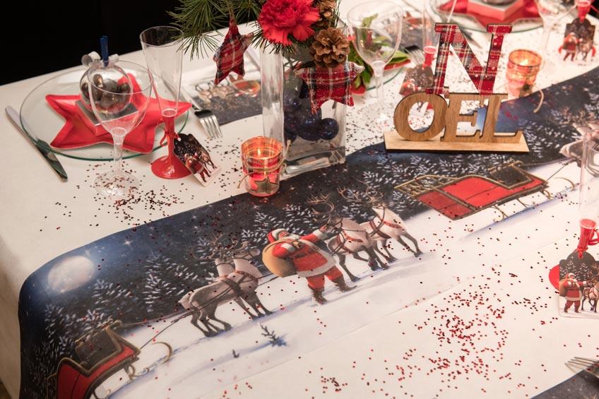 Weihnachtliche Dekoration mit nostalgischem Flair