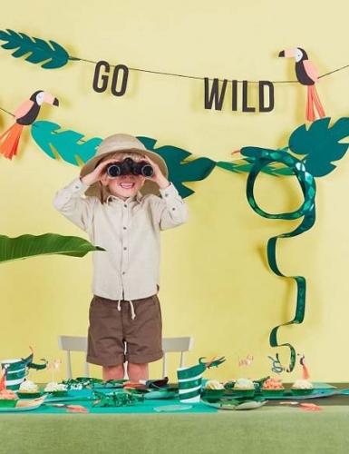 Feier einen Safari-Kindergeburtstag mit abenteuerlicher Deko (c) MERI MERI