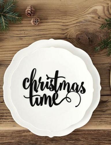 Für die Firmen-Weihnachtsfeier braucht es Dekoration, die zu deinem Unternehmen passt