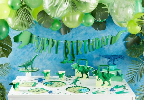 Es gibt großartige Deko für die Dino-Party - das solltest du unbedingt nutzen!