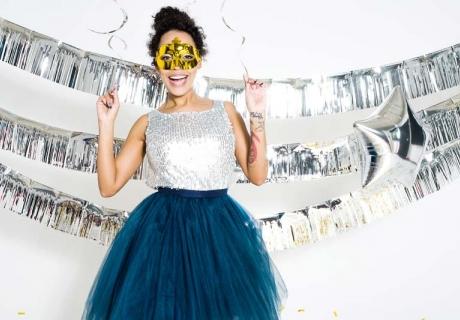 Glitzernde Girlanden rocken deine spontane Silvesterparty
