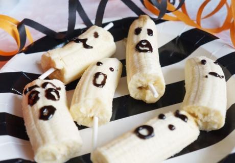Mumien oder Geister? Bananen eignen sich als gesunde Halloween-Snacks