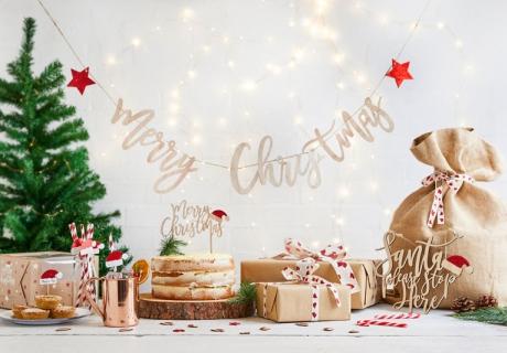 So wunderschön und nostalgisch kann dein Tisch zu Weihnachten aussehen