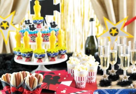 Tolle Hollywood-Deko für Mottogeburtstage, Filmabende und Oscar-Viewings