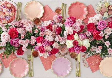 Mach einen wunderschönen Geburtstagsbrunch mit Rosendeko