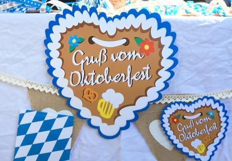 Für echtes Wiesn-Gefühl gibt`s den Gruß vom Oktoberfest