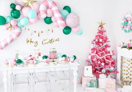 Rosarote Weihnachtsdeko ist erfrischend anders und zuckersüß